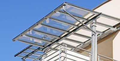 Vordach/ Vordächer aus Metall & Glas von Metallbau Häusler