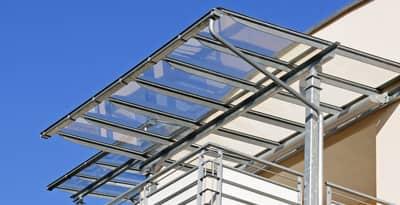 Vordächer aus Metall & Glas von Metallbau Häusler